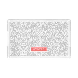 Graues und korallenrotes Blumendamast-Monogramm Acryl Tablett