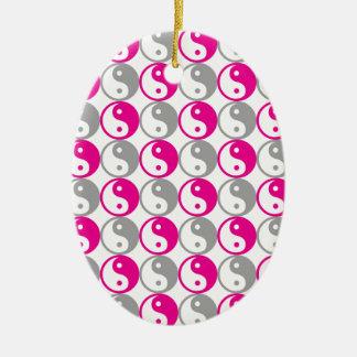 Graues und rosa yin Yang-Muster Ovales Keramik Ornament