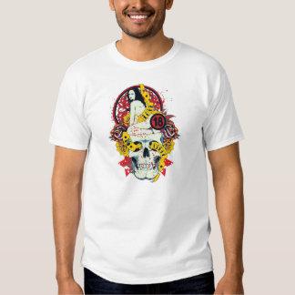 Grausamer Love is Tshirts