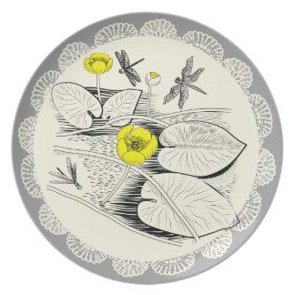 Gravierende Wasserlilien Teller