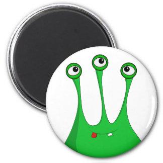 Green cartoon alien runder magnet 5,1 cm