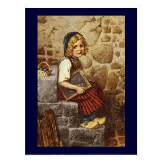 Gretel mit schulischen Arbeiten Postkarte