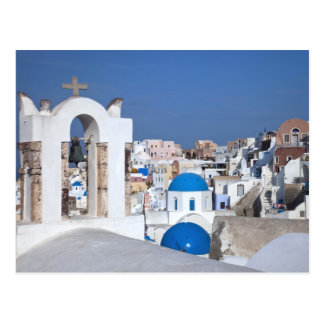 Griechenland, Santorini. Glockenturm und blaue Postkarte