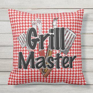 Grill-Meister mit GRILLEN Werkzeugen u. Kissen