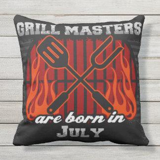 Grill-Meister sind im Juli geboren Kissen Für Draußen