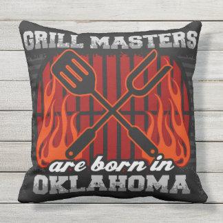 Grill-Meister sind in Oklahoma geboren Kissen Für Draußen