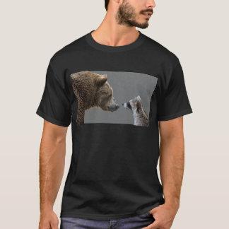 Grizzle Bär trifft Waschbären T-Shirt