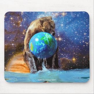 Grizzlybär-u. Planeten-Erdphantasie Mousepad
