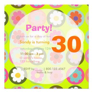Groovy Gänseblümchen helles Personalisierte Einladungskarte
