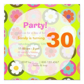 Groovy Gänseblümchen/helles Personalisierte Einladungskarte
