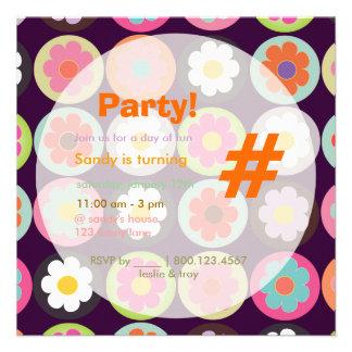 Groovy Gänseblümchen helles Einladung