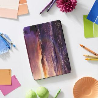 Groß auf dem Horizont des unbegrenzten iPad Pro Cover