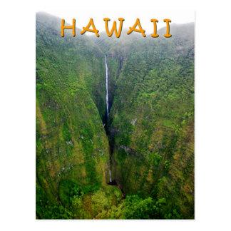 Großartiger Wasserfall in Molokai, Hawaii Postkarte