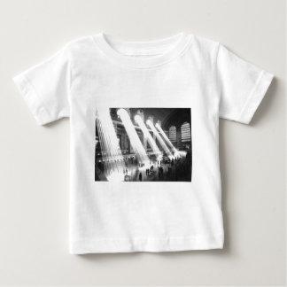 Großartiger zentraler Anschluss Baby T-shirt