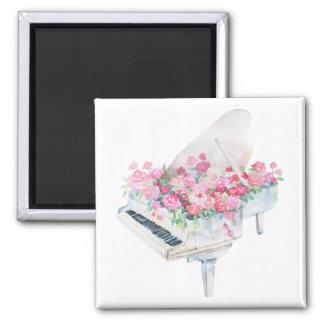 Großartiges Klavier und rosa Rosen-Magnet Quadratischer Magnet
