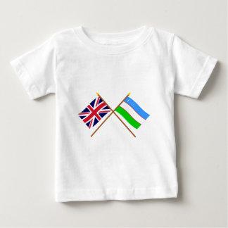 Großbritannien und Usbekistan gekreuzte Flaggen Baby T-shirt