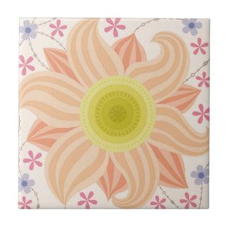 Große Blume auf Keramikfliese