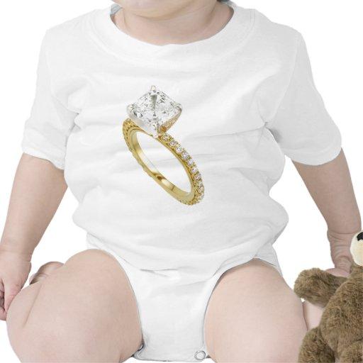 Große Diamant-Verlobungs-Ring-Andeutungs-Andeutung Babybodys