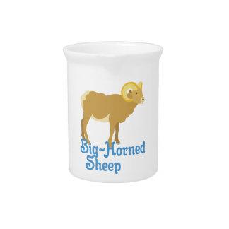 Große gehörnte Schafe Getränke Pitcher