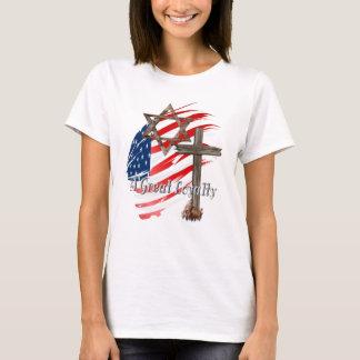 Große Loyalität-mit Buchstaben gekennzeichnete T-Shirt