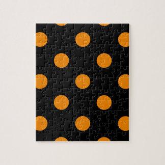 Große Polka-Punkte - Mandarine auf Schwarzem Puzzle