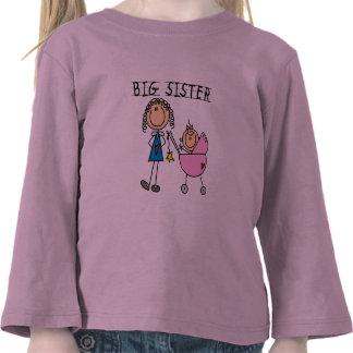 Große Schwester mit kleine Schwester-T-Shirts und