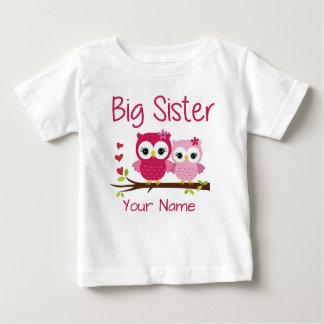 Große Schwester-Rosa-Eulen-personalisiertes Baby T-shirt