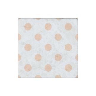 Große Tupfen - tiefer Pfirsich auf Weiß Steinmagnet