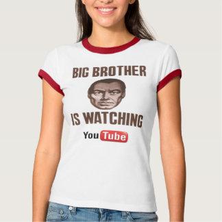 Großer Bruder passt Youtube auf T-Shirt