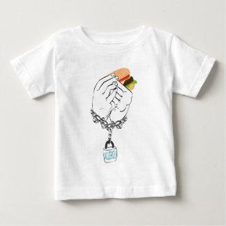 Großer geschmackvoller Burger und Hands2 Baby T-shirt
