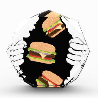 Großer geschmackvoller Burger und Hands3 Auszeichnung