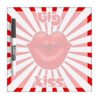 Großer Kuss der roten Lippensolarstrahlen Memoboard