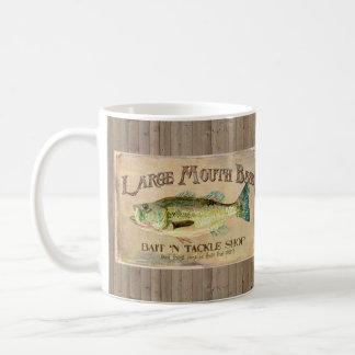 Großer Mund-Bass-Fischer-Kabinen-Holz-Bretter Kaffeetasse
