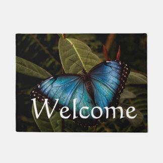 Großer, schöner, blauer Schmetterling Türmatte