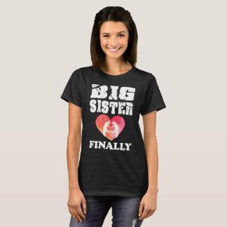 Großer Schwester-schließlich älterer T-Shirt
