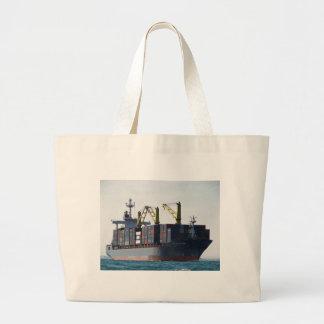 Großes Containerschiff am Anker Tasche