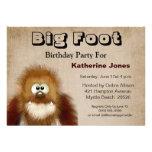 Großes Fuß Sasquatch Geburtstags-Party Individuelle Ankündigungskarte
