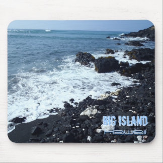 Großes Inselschwarzsandstrand Hawaii mousepad