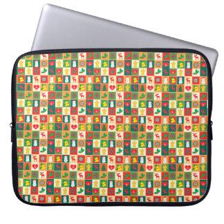 Großes Weihnachtsmuster Laptop Sleeve