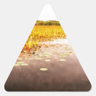 Großes Wiesen-Staatsangehörig-Schutzgebiet Dreieckiger Aufkleber
