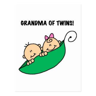 Großmutter der Zwillings-Erbsen in eine Hülsen-den Postkarte