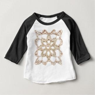 Großmutter-Quadrat Baby T-shirt