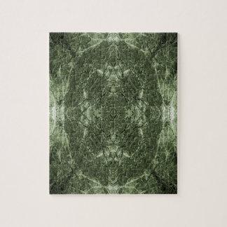 Grün silhouettiertes Baummuster Puzzle