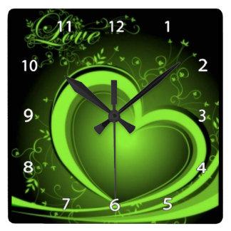 Grüne abstrakte Herz-Uhr Quadratische Wanduhr
