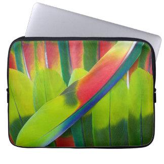 Grüne Amazonas-Papageienfedern Laptop Sleeve