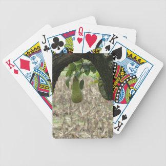 Grüne Birne des Singles, die am Baum hängt Bicycle Spielkarten
