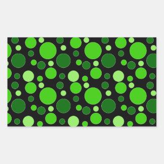 Grüne Blasen auf Schwarzem Rechteckiger Aufkleber