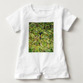 Grüne Bohnen… Baby Strampler