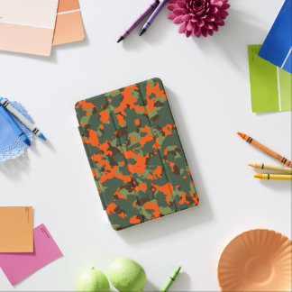 Grüne Camouflage mit Sicherheits-Flammen-Orange iPad Mini Hülle