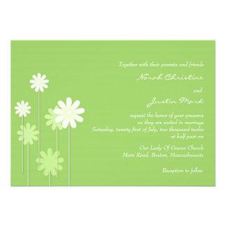 Grüne Gänseblümchen-Hochzeits-Einladung